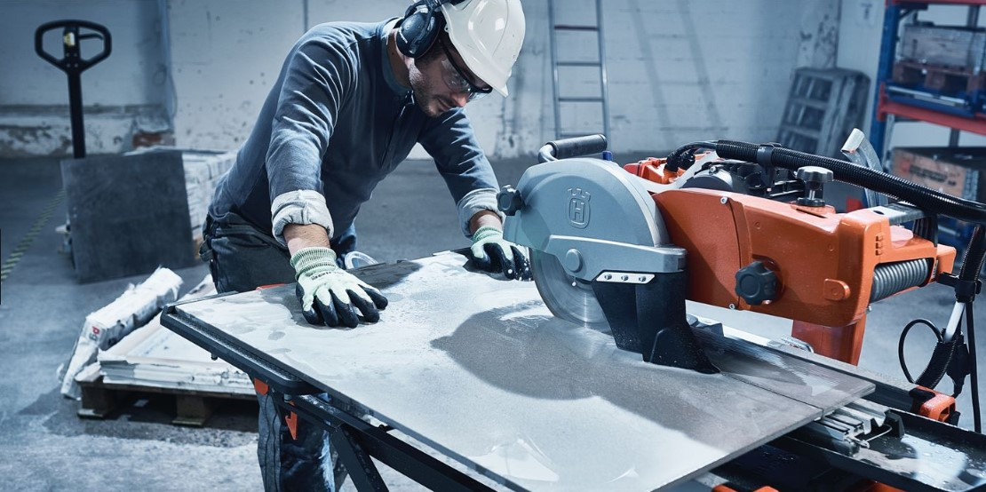 The Safety Place For Water and Electricity of Wet Tile Saw
